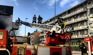 Drehleiter Hotelbrand